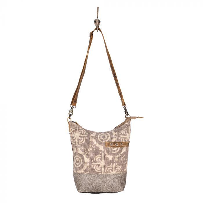 Archaic Shoulder Bag Every #bag is truly handcrafted with spirit of vintage, ethnic and bold look. myra bags