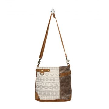 SIDE FLORAL DESIGN SHOULDER BAG