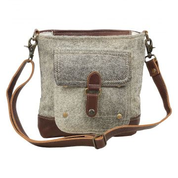 BUCKLE PULLOVER SHOULDER BAG