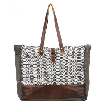 ELLIPTICAL WEEKENDER BAG