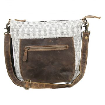 PEBBLY SHOULDER BAG