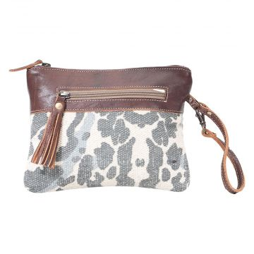 DISTRESSED POUCH