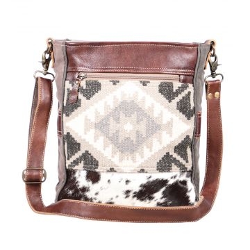 Eazy Breezy Shoulder Bag