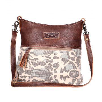 Naïve Shoulder Bag