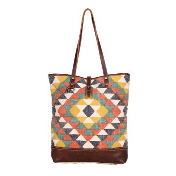 New Arrivals Upclycled Handbag Handmade Canvas Bag Whether planning a big group surprise or purchasing for your boutique, we have a large selection of wholesale purses and handbags to choose from. handmade canvas bag