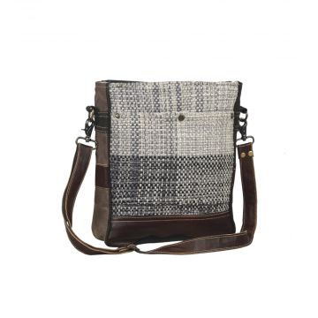Pro forma Shoulder Bag
