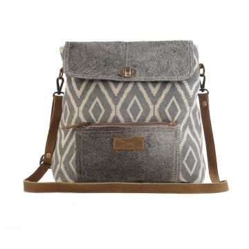 GRAINY GRAY 