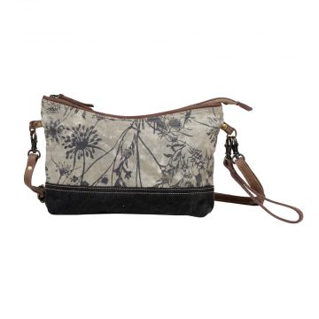 DAINTY DELIGHT