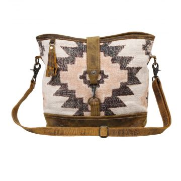 ENTICE SHOULDER BAG
