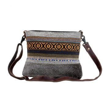 Nuanced Small & Crossbody bag