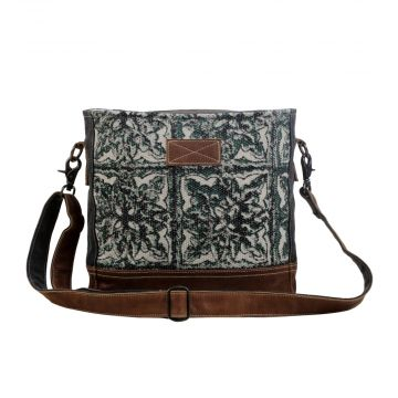 Labyrinthian Small & crossbody Bag