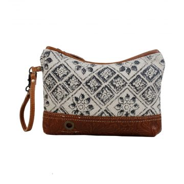 Design Play Pouch